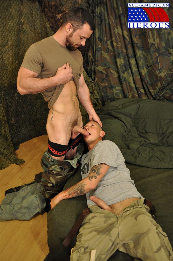 All American Heroes PRIVATE TYLER FUCKS SERGEANT MILES Army Military Amateur Gay Porn 05 Hung Amateur US Army Private Barebacking an Army Sergeant
