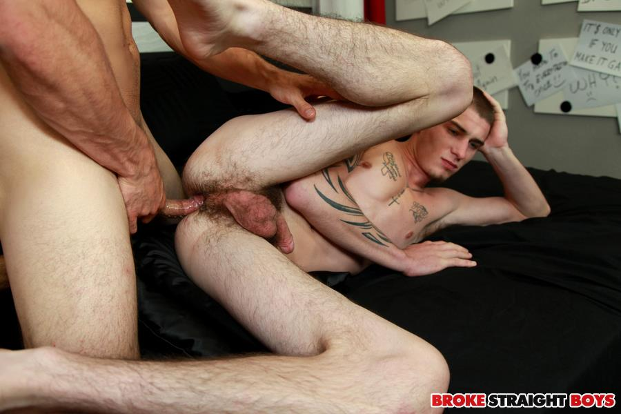 Broke Straight Boys Cage Kafig and Sergio Valen Straight Guys Sucking Cock and Fucking Amateur Gay Porn 19