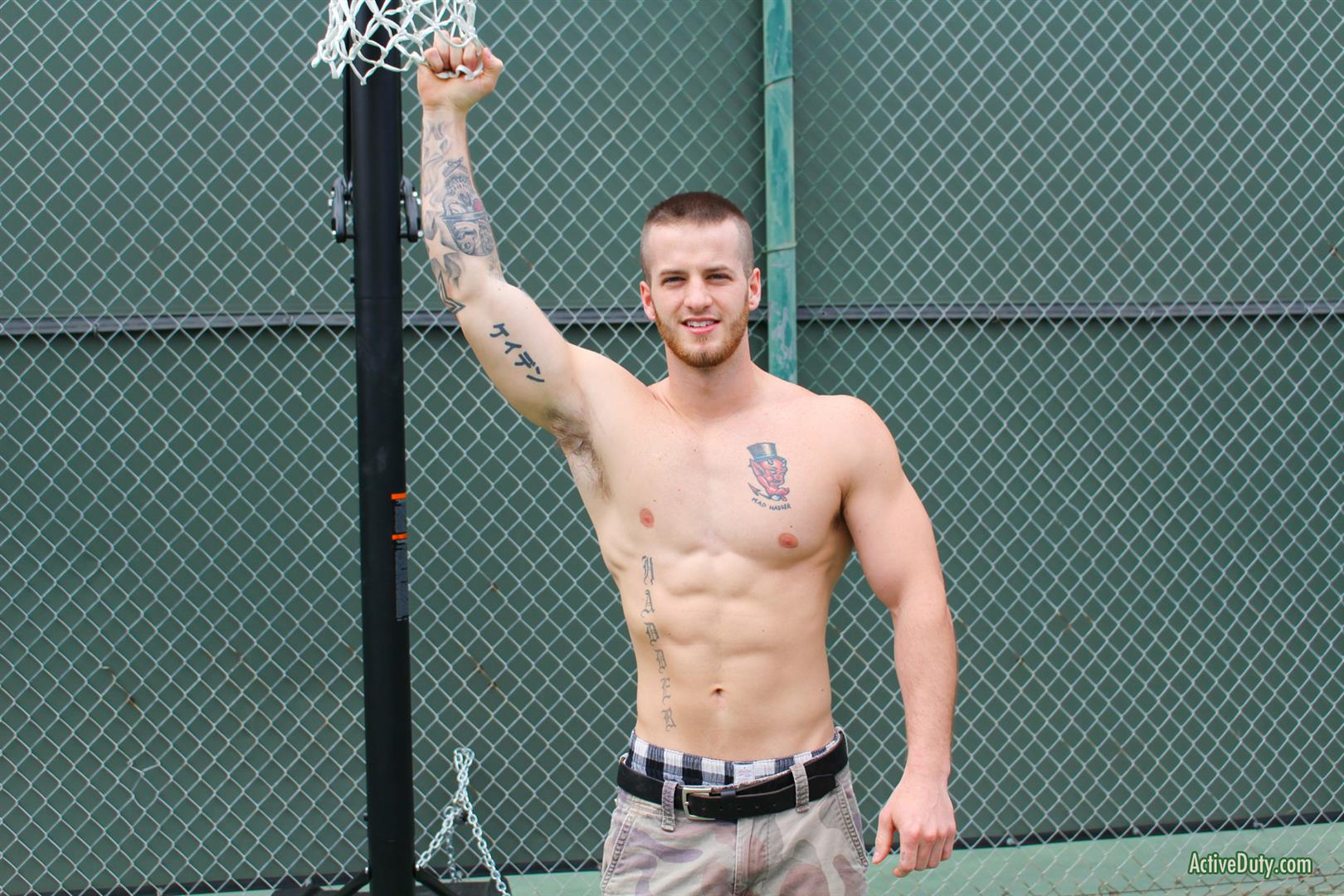 Active Duty Quentin Muscular Naked Army Soldier Masturbating Big Cock Amateur Gay Porn 04